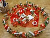 Veränderungsfest: Stimmungsvolle Weihnachtsfeier.