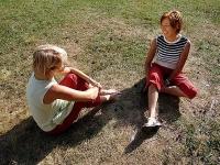 Paarübung im Freien: Wo stehe ich, wo will ich hin? Das Paargespräch hilft, diesen Fragen näher zu kommen.