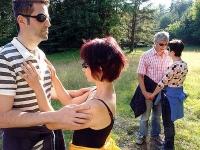 Übung blind: neue Erfahrungen im Umgang miteinander - Beziehungen positiv gestalten!