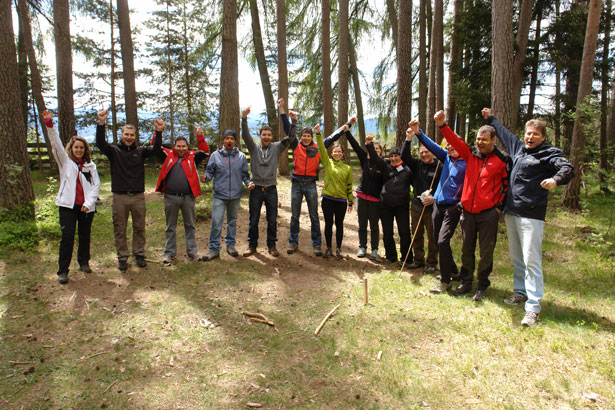 Outdoor-Teamtraining-im-Wald-8_D4702