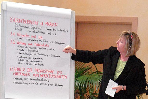 Referenten Dr. Ulrike Lobis Vortrag B8999