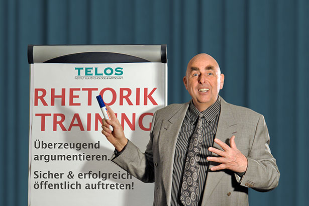 Dr. Elmar Teutsch Vortrag Rhetorik-Training D06846gp4