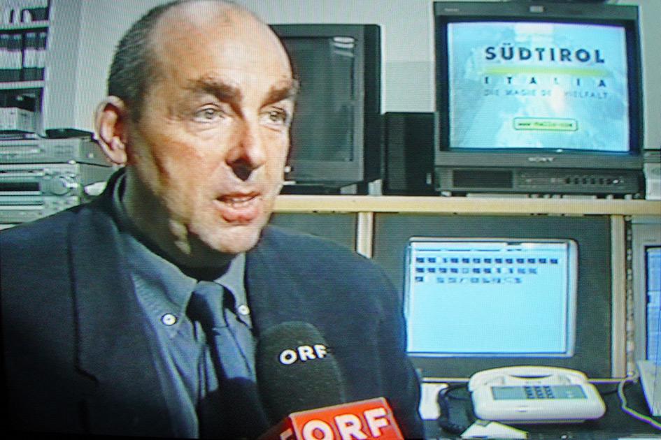 Referenten Dr. Elmar Teutsch Auftritt TV ORF Werbung in Südtirol 1853b