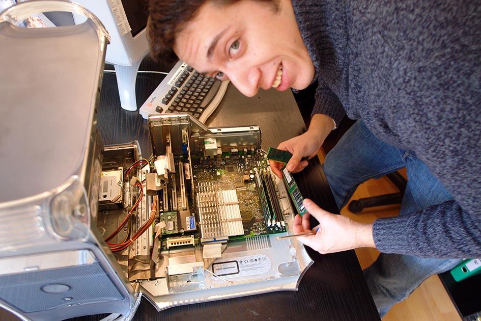 Computer Techniker Reparatur Chips Schaltkreise Elektronik 0794b
