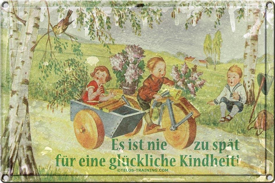 Blechschild glückliche Kindheit Kinder Holzmotorrad / Foto + Collage: TELOS - 11896