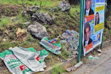 Plakate Wahlwerbung Müll 07786b.jpg