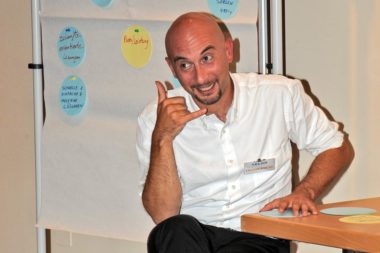 Referenten Dr. Francesco Apuzzo Fingertelefon RN6599n