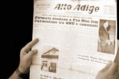 Zeitung lesen Alto Adige alt 02654k
