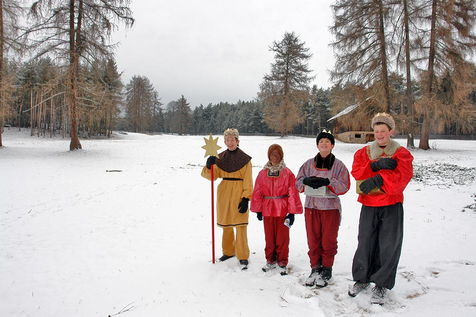 Dreikönige Sternsinger Schnee Wald B8199b