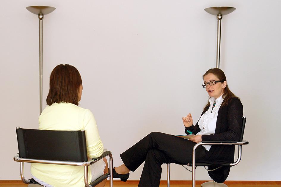 Business-Coaching Beratung Institutsleiterin Mag. Magdalena Gasser / Foto: TELOS - D2325dn