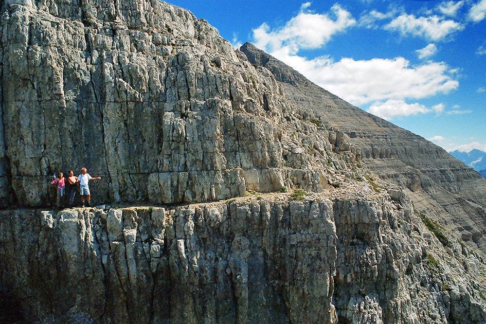 Berg Latemar Klettersteig Blick lachen Mutprobe 85180005b