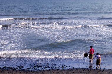 Bali Beerdigung Meer Wasser / Foto: TELOS - 05279bnkl